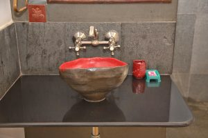 handmade-pottery-basins