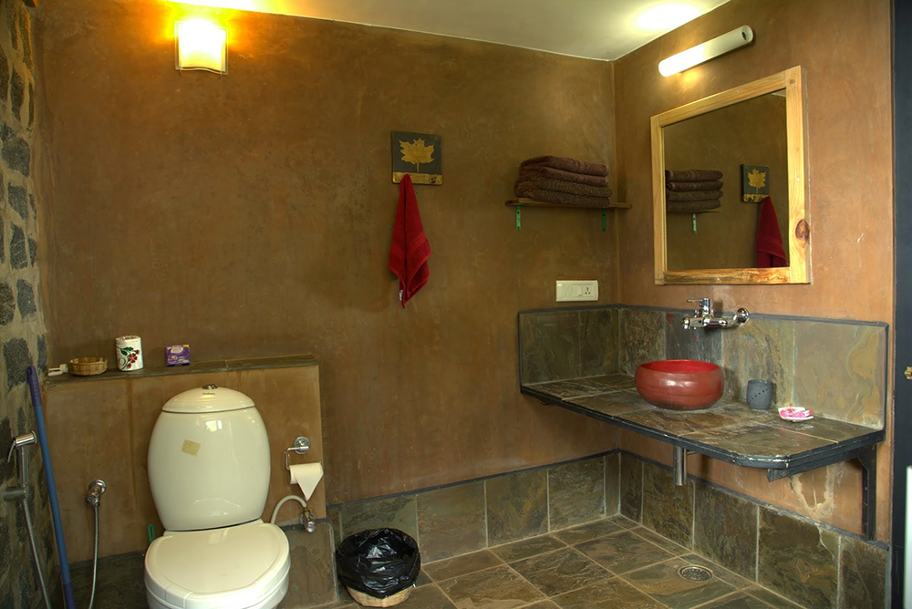 jackfruit-room-bathroom
